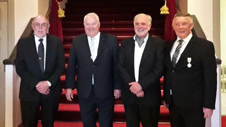 Storbesøk med hedersdryss - Stormesteren markerte ny Ordførende Mester i Bodø Stewardsloge