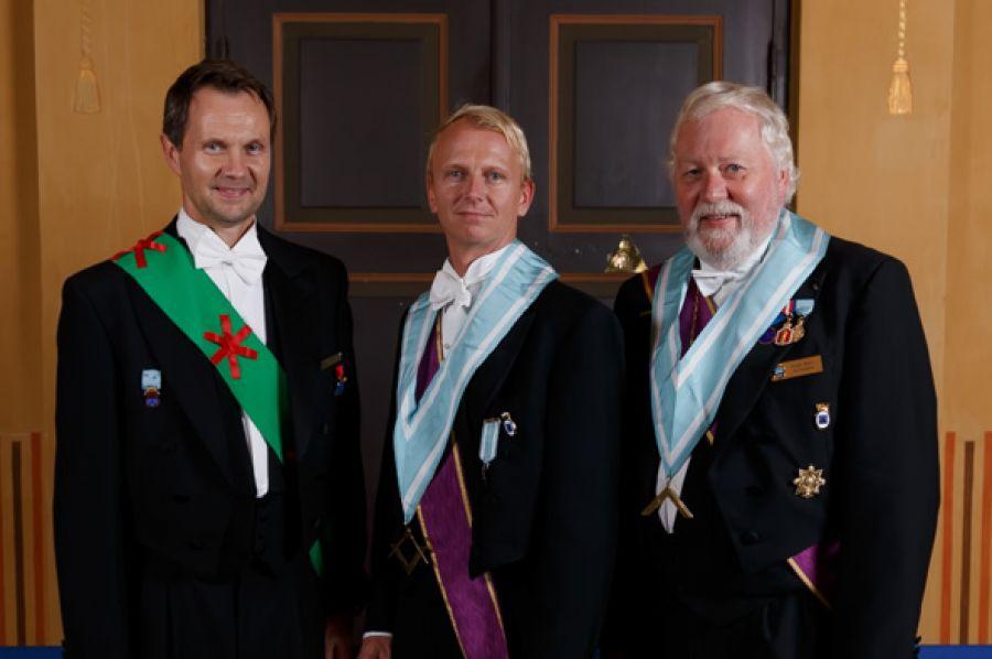 Magne B. Hopp, Kjell J. Johansen og Helge Bjørn Horrisland ette rmøtet på Hamar.